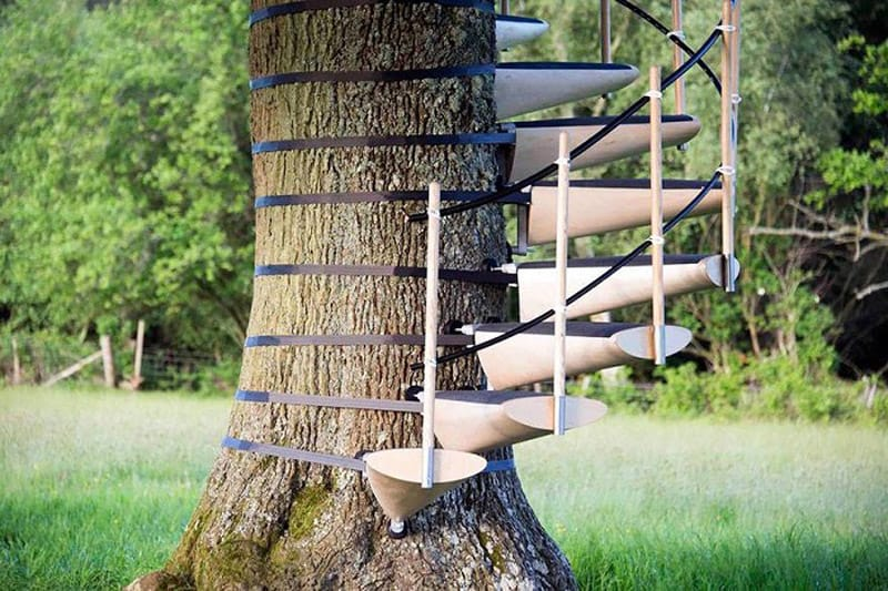 Spiral Staircase For Your Backyard Tree-designrulz (1)