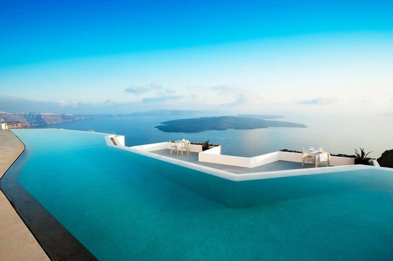 cool-pools-traveller-designrulz