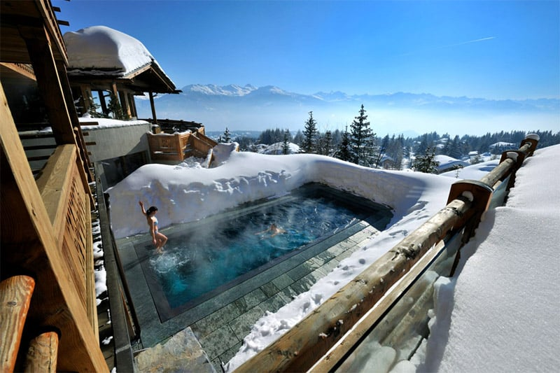 hot-pool-at-cold-alps