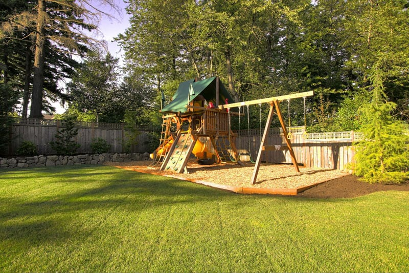traditional-kids-playset (2) - Backyard Playground And Swing Sets Ideas: Backyard Play Sets For
