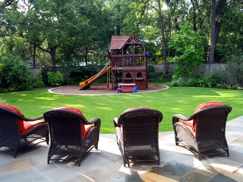 Backyard playground and swing sets ideas backyard play for Play yard plans