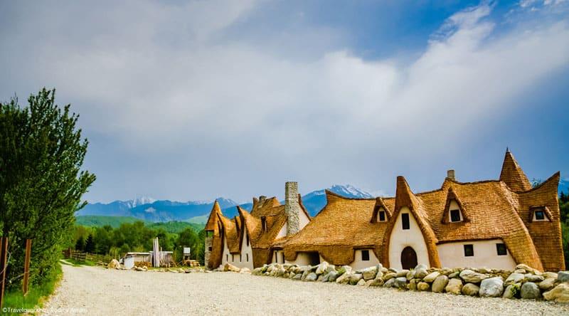 romanian-fairy-tale-lodge-designrulz (12)