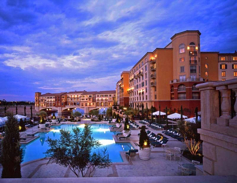 10 Best Pool Hotels In Las Vegas
