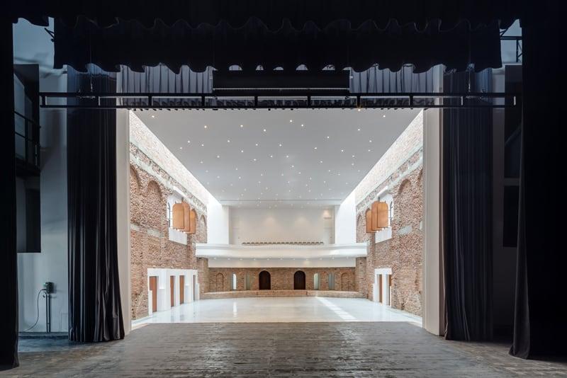 Blaj Cultural Palace-designrulz (12)