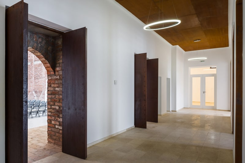 Blaj Cultural Palace-designrulz (13)
