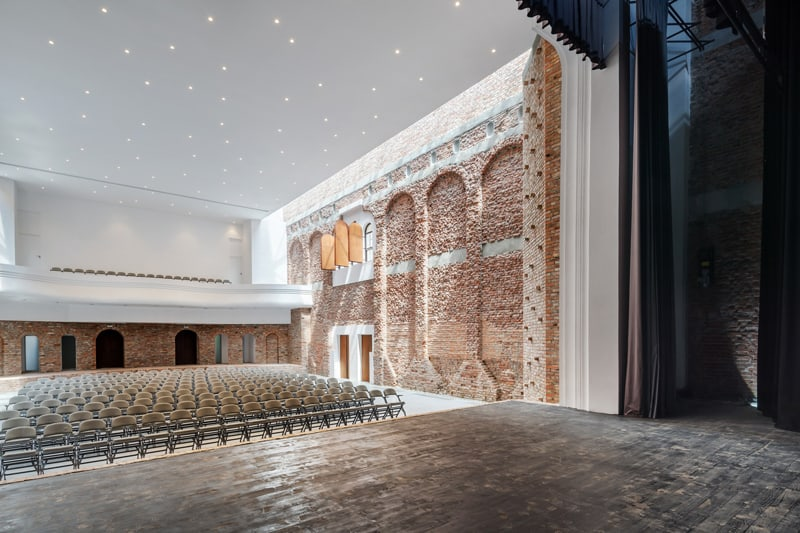 Blaj Cultural Palace-designrulz (6)