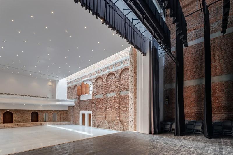 Blaj Cultural Palace-designrulz (7)