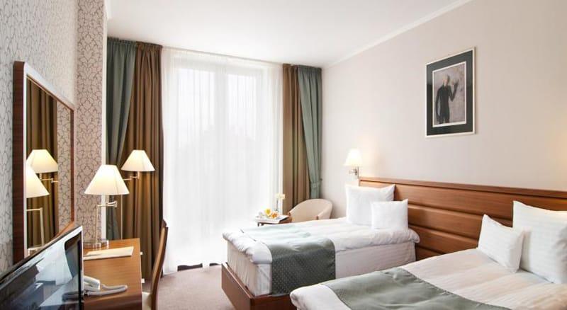 Ramada Hotel Cluj-designrulz (4)