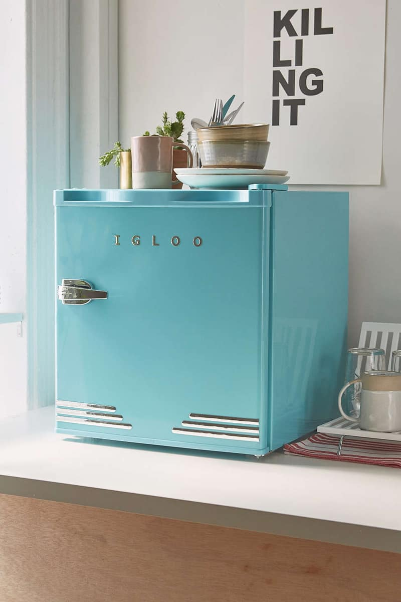 7 brands that make colorful retro style refrigerators for Small room fridge