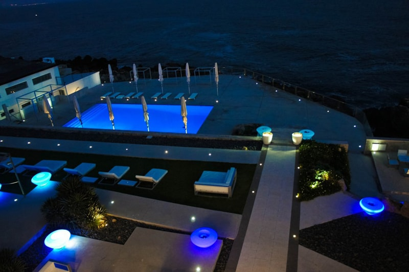 Beautiful Swimming Pool Lighting Ideas on Swimming Pool Deck Lighting Ideas
