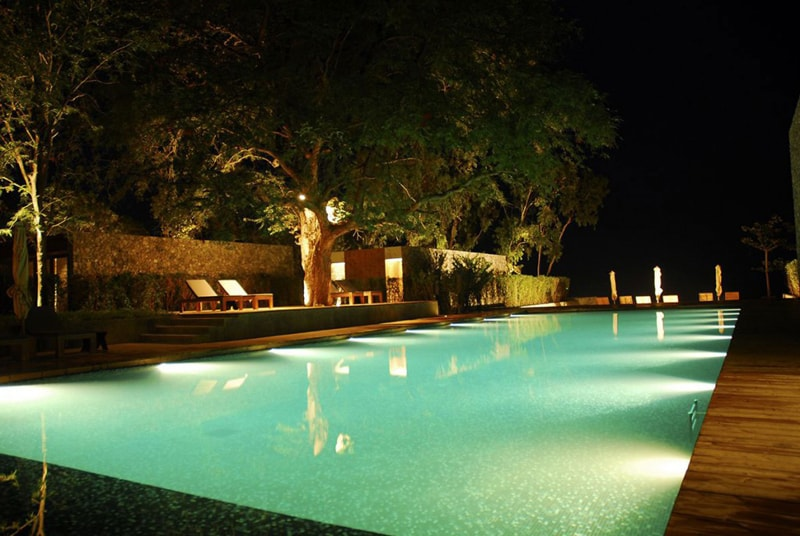 30 beautiful swimming pool lighting ideas pool lights designrulz 21 aloadofball Gallery