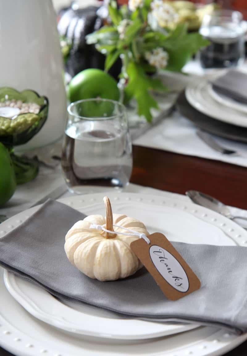 outdoor-fall-decorating-ideas-designrulz-25