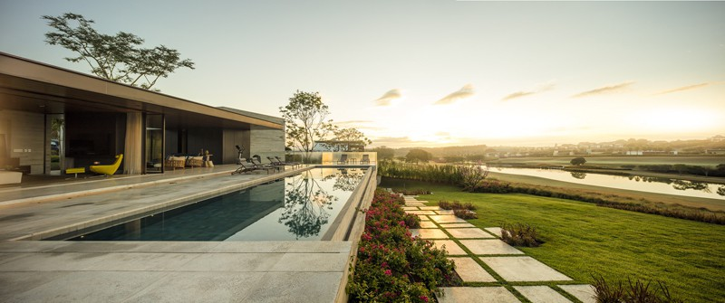 15 Spectacular Brazil Houses with Contemporary Designs