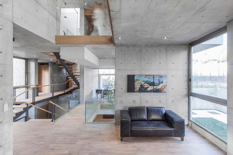 Built From Study Concrete Blocks, The Pattern Of How The Walls Have Been  Layered Shows On The Surface Of The Outer Walls, Giving The Home A  Beautifully ...