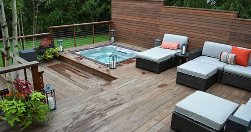 30 stunning garden hot tub designs for Spa deck design
