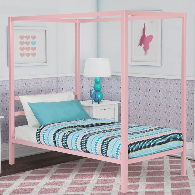 32 Dreamy Bedroom Designs For Your Little Princess: 25 Dreamy Bedrooms With Canopy Beds You'll Love