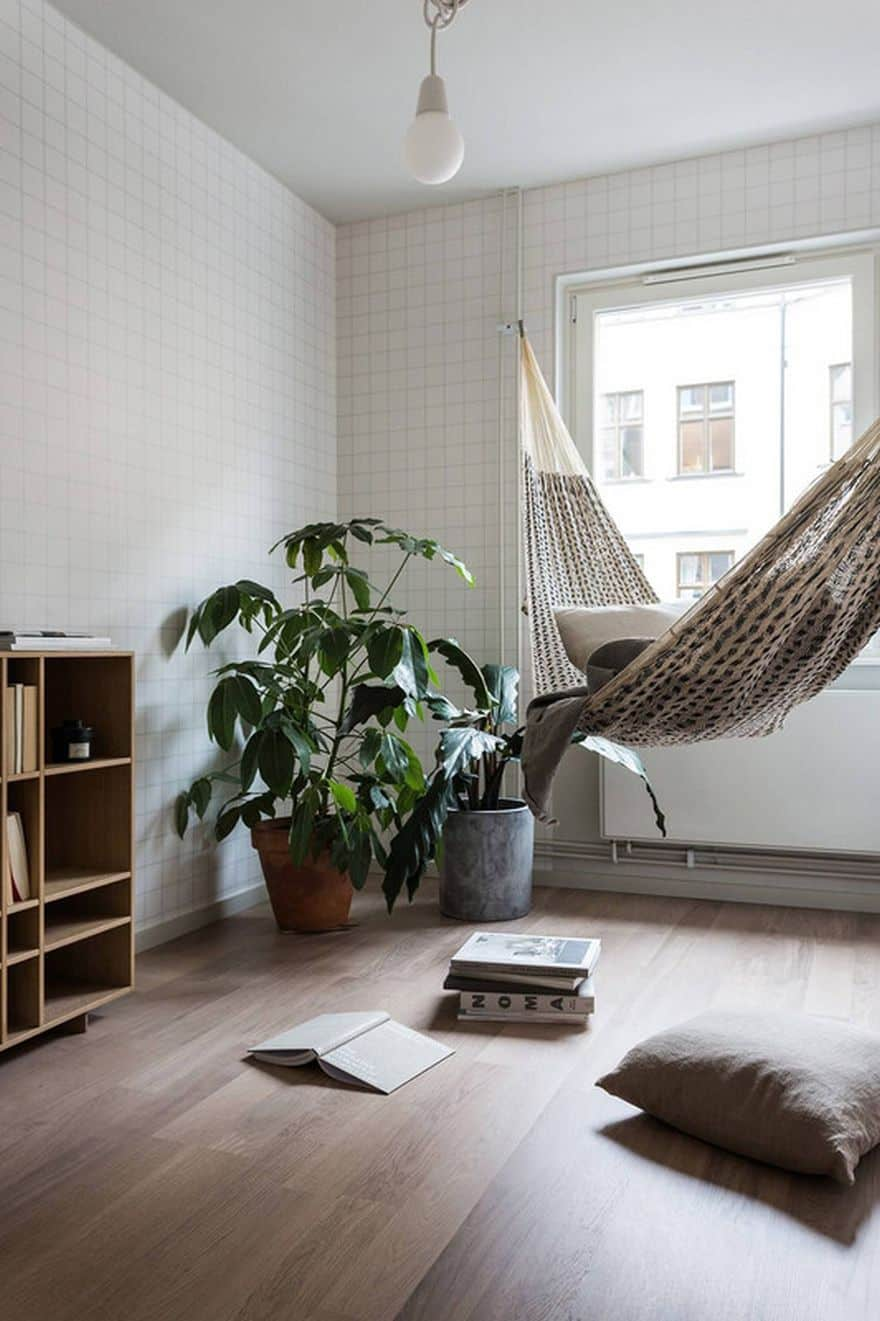 15 of the most beautiful indoor hammock beds decor ideas for Living room hammock
