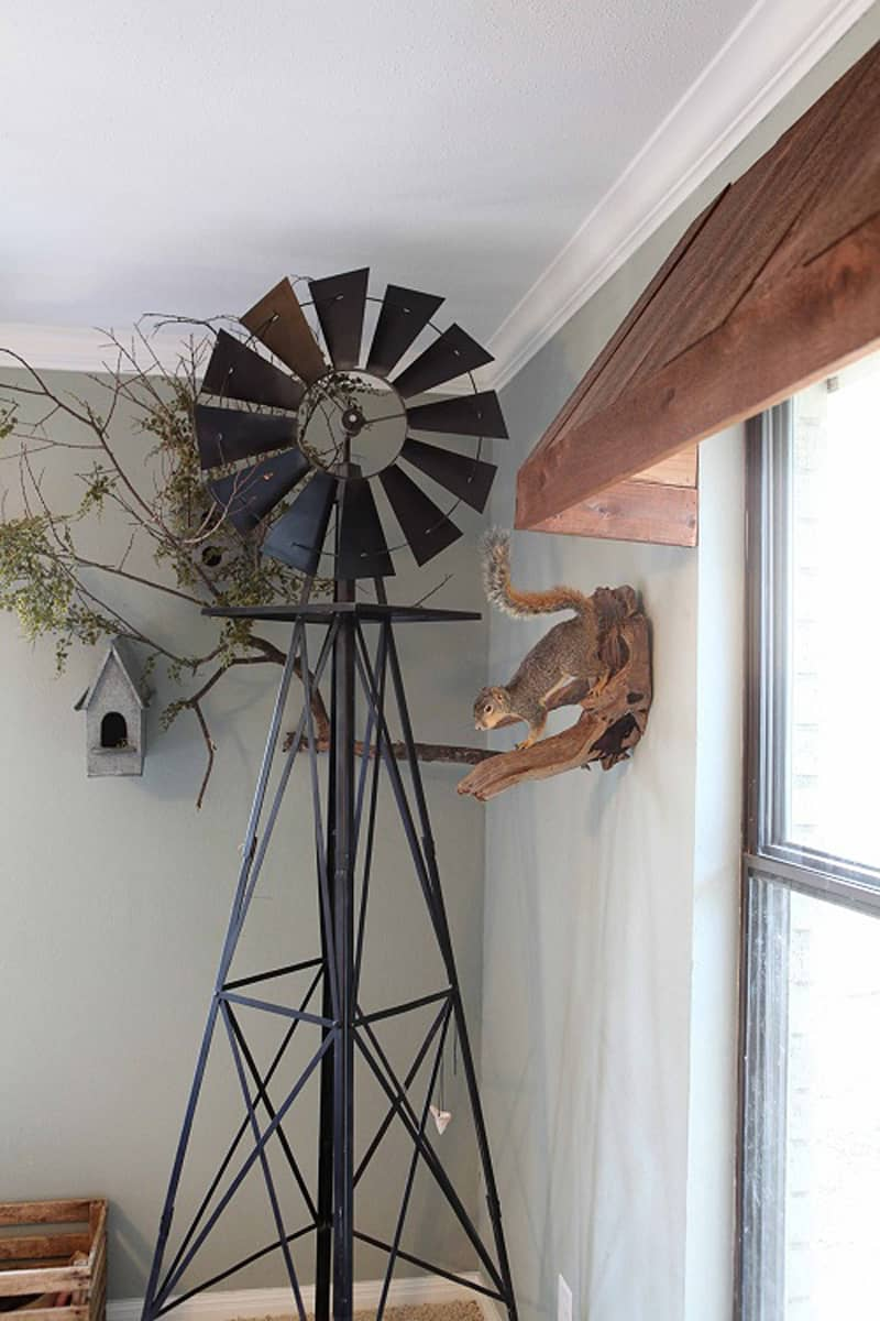 Windmill Wall Art Gives The Easygoing Feel To Your Home
