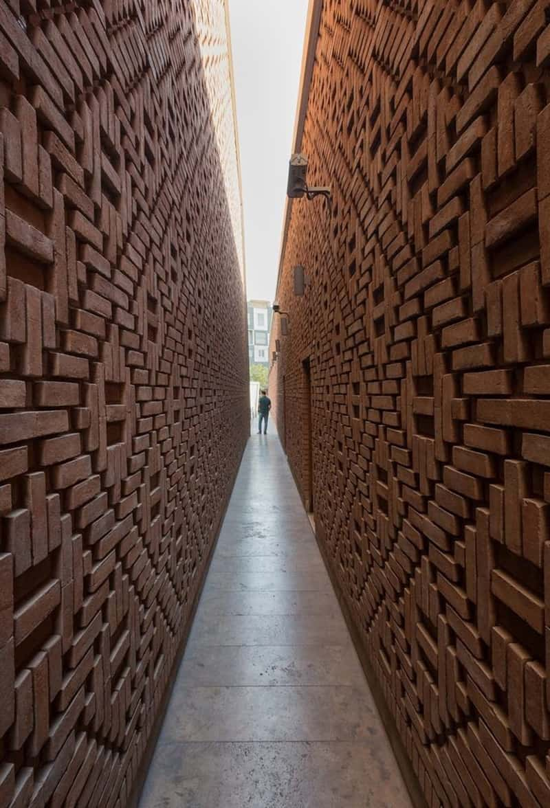 40 Spectacular Brick Wall Ideas You Can Use for Any House on Brick Wall Decorating Ideas  id=26579