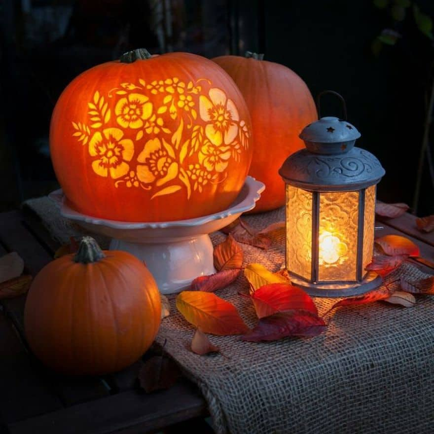 floral Halloween pumpkin