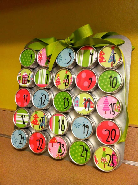 magical and creative diy advent calendar ideas you 39 ll love. Black Bedroom Furniture Sets. Home Design Ideas
