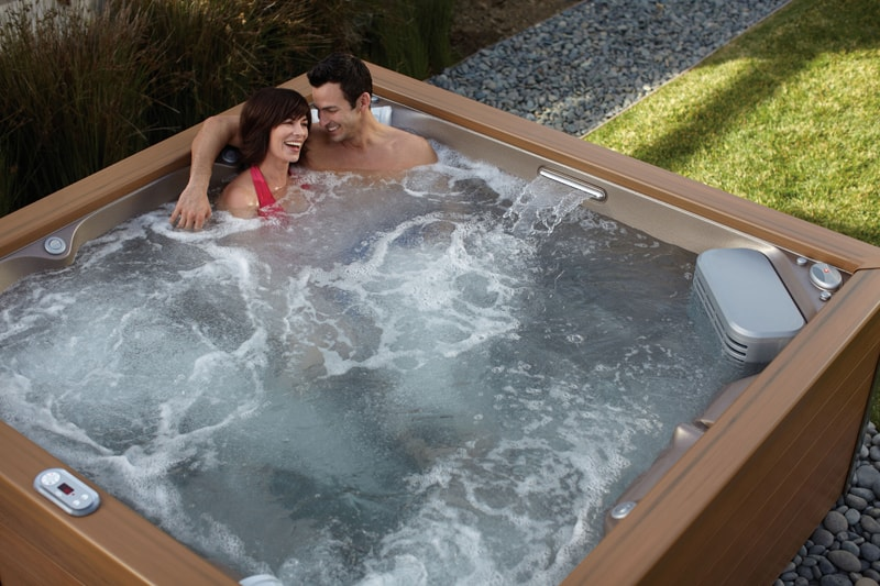 7 Top Best Energy Saving Tips For Your Jacuzzi Hot Tub
