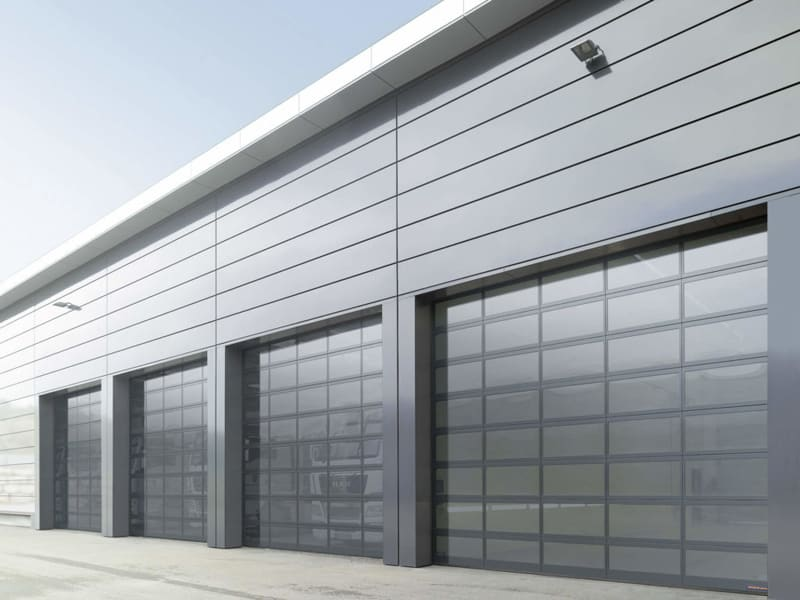 4 Important Features You Want in Industrial Gates and Exterior Doors