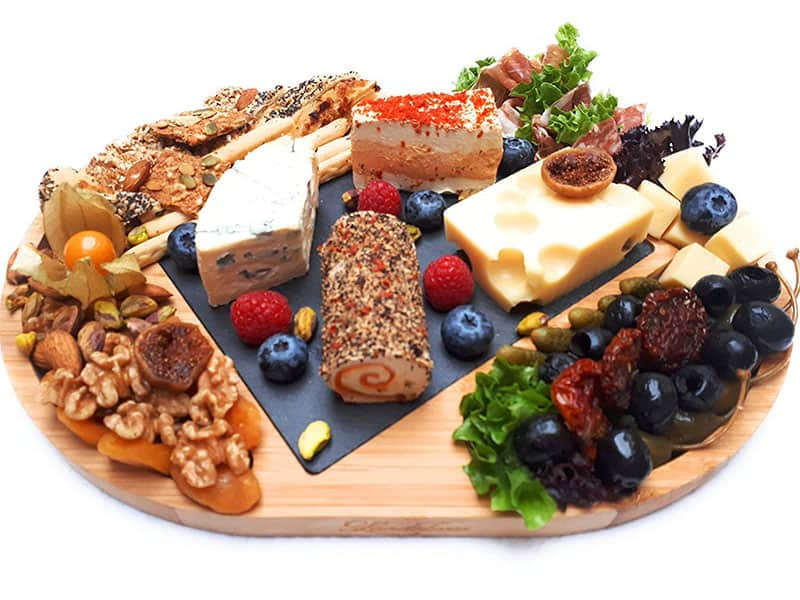 Wooden Cheese Board- A Perfect Gift Idea for Any Occasion
