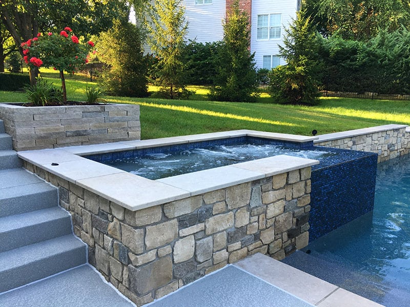 Best Tools to Keep Your Pool Clean