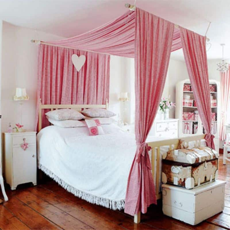 25 dreamy bedrooms with canopy beds you 39 ll love Canopy for bed
