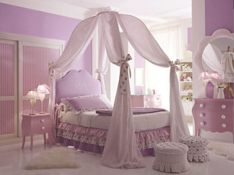 Princess Canopy Queen Size Bed