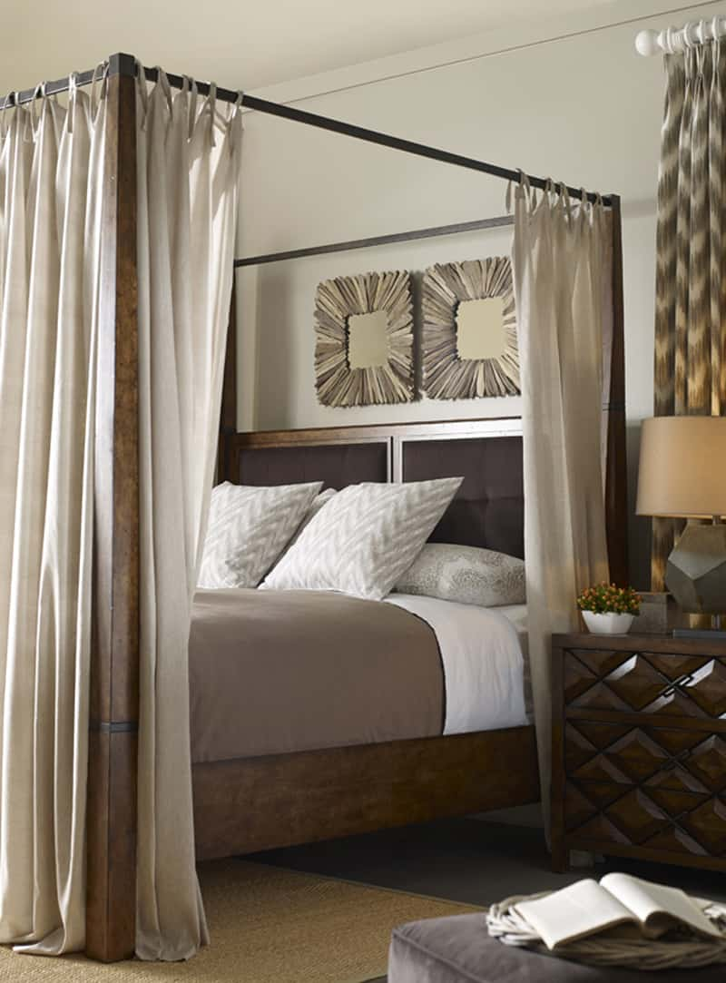 25 dreamy bedrooms with canopy beds you 39 ll love - Pictures of canopy beds ...