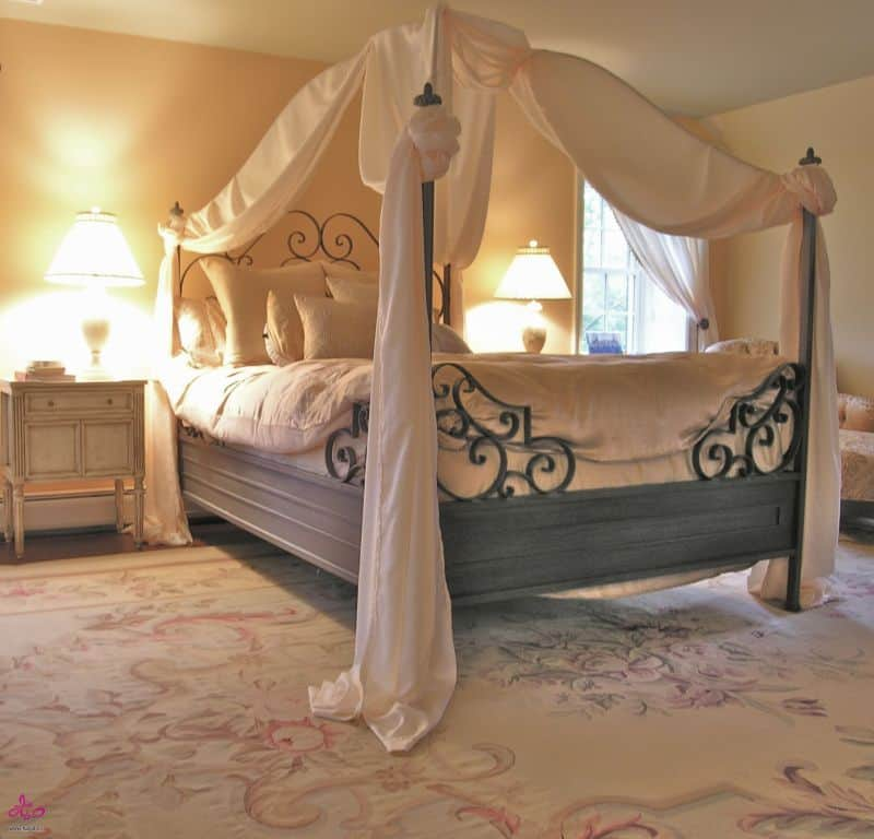 Romantic Bedroom Designs: 25 Dreamy Bedrooms With Canopy Beds You'll Love